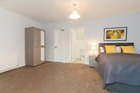 LOVELY DOUBLE BEDROOM TO RENT WITH EN'SUITE