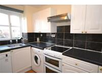 2 bedroom flat in Blackdown Close, East Finchley, London, N2