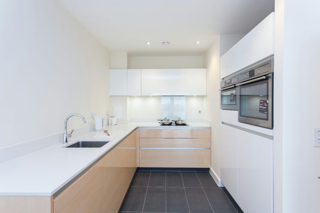 Huge 1 Bed with Canary Wharf Views, Walking Distance to O2