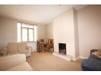 2 bedroom flat in Clive Lodge, Shirehall Lane, Hendon, NW4