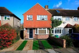 3 bedroom house in FULWELL PARK AVENUE