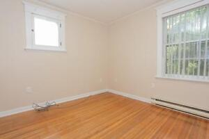 128 Briscoe Street - 2 Bedroom House for Rent London Ontario image 12