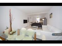 1 bedroom in Kendal Lane, Leeds, LS3 (#863251)