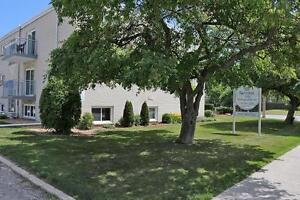 ** Close to Downtown** 2 Bedroom Apartment for Rent in Sarnia Sarnia Sarnia Area image 7
