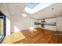 2 bedroom flat in Kellett Road, London, SW2 (2 bed) (#1239383)