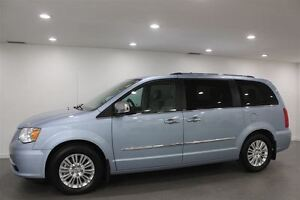 2013 Chrysler Town & Country Limited|Cam|Nav|Leather|Bluetooth|P