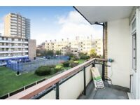 Newly refurbished two double bedroom apartment with private balcony in Hoxton