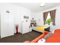 The nicest rooms in Earlestown. Close to the Historic Market