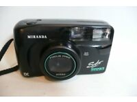 Camera MIRANDA with carrying case In ex condition . No film.