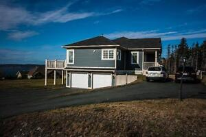 24 Country Garden Rd –Single Family Unit with Inlaw Suite