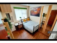 1 bedroom in Northville Drive, Westcliff-On-Sea, SS0 (#1101177)