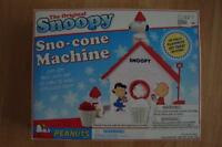 The Original Snoopy Sno-Cone Machine-Fundex Games-Peanuts-used