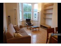 2 bedroom flat in Prima Road, London, SW9 (2 bed)
