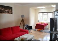 3 bedroom house in Dalmeny Avenue, London, SW16 (3 bed)