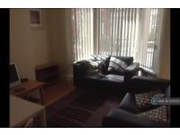 4 bedroom house in Alderson Road, Liverpool, L15 (4 bed)