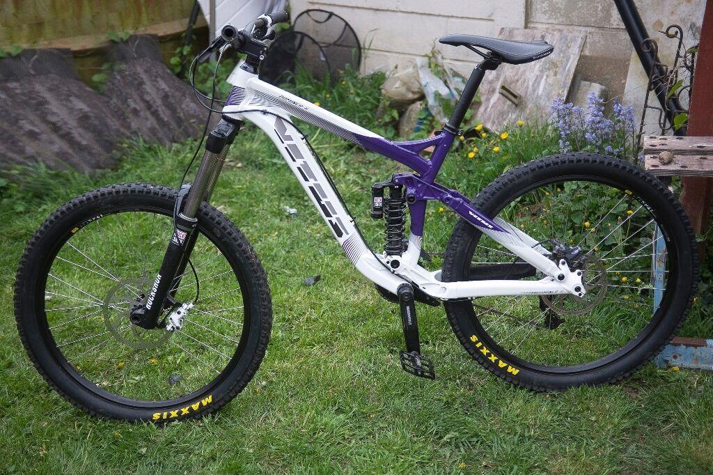 Vitus Dominer II Full Suspension Downhill Mountain Bike Hardly Used ...
