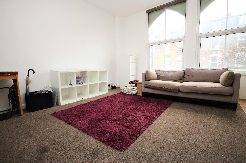 1 bedroom flat in Chatsworth Road, Clapton   in Hackney ...