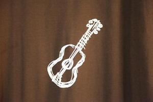 T-Shirt brun. XL: Fan de Guitare.  NEUF jamais porté.  LIVRAISON Québec City Québec image 2