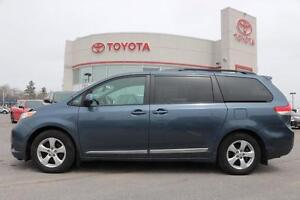 2014 Toyota Sienna LE 8 PASS.