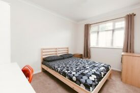 SPACIOUS DOUBLE ROOM FOR ONE PERSON IN HAGGERSTON - ZONE 2 - CALL ME NOW - I HAVE MORE ROOMS