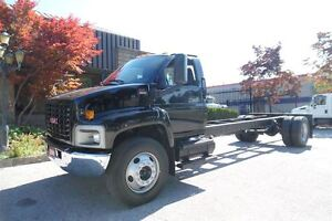 2006 GMC C6500 ONLY 98397km,regular licence,Automatic.