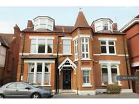 1 bedroom flat in Montpelier Road, London, W5 (1 bed)