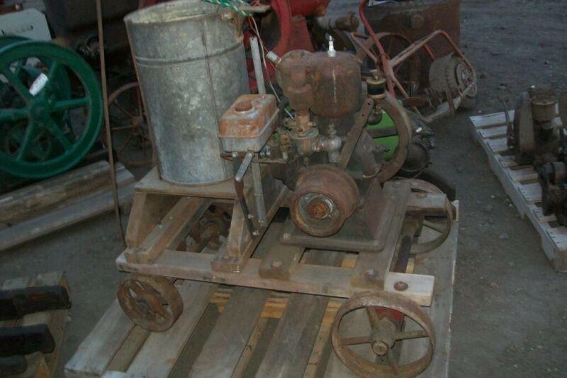 Cushman 4 HP Gas Engine on Cart