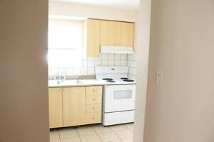 Rooms for rent! Great for young professionals! 1 MONTH FREEEEEEE Kitchener / Waterloo Kitchener Area image 4