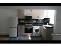 Studio flat in Burley, Leeds, LS4 (#1160391)