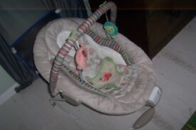 Comfort harmony Baby bouncer seat for sale