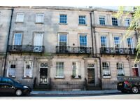 2 bedroom flat in Percy Street, Liverpool, L8 (2 bed) (#909523)