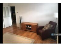 2 bedroom flat in Hulme Road, Denton, Manchester, M34 (2 bed) (#855684)