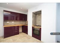 2 bedroom house in Summer Street, Halifax, HX1 (2 bed)