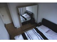 Large furnished double room in a light and spacious 2 bedroom flat! Tottenham