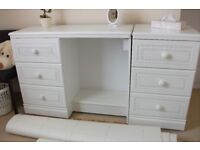 Dressing Table and extra Set of Drawers
