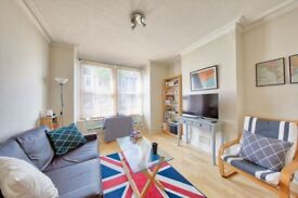 Lydden Grove - A lovely one bedroom property to rent in Earlsfield
