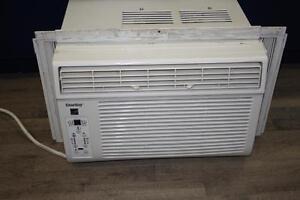 Climatiseur de fenetre de marque Danby 8000 btu (a003401)