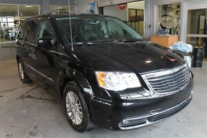 2015 Chrysler Town & Country Touring-L ** LIQUIDATION JUIN**