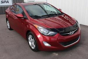 2013 Hyundai Elantra GLS SUNROOF! HEATED SEATS!
