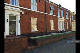 1 bedroom flat in Bewsey Street, Warrington, WA2 (1 bed)