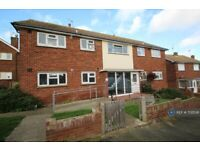1 bedroom flat in Wharfedale Road, Kent, CT9 (1 bed) (#702538)