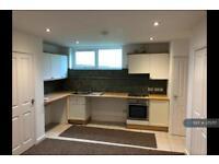1 bedroom flat in Market Street, Kidsgrove, Stoke-On-Trent, ST7 (1 bed)
