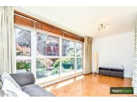 Lovely Studio Flat with Patio Situated Moments Away from Woodside Park Tube