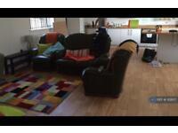 2 bedroom flat in Annex, Blackwood, NP12 (2 bed)