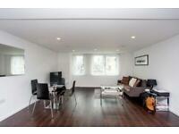 1 bedroom flat in Eagle Point, City Road, Shoreditch, EC1V