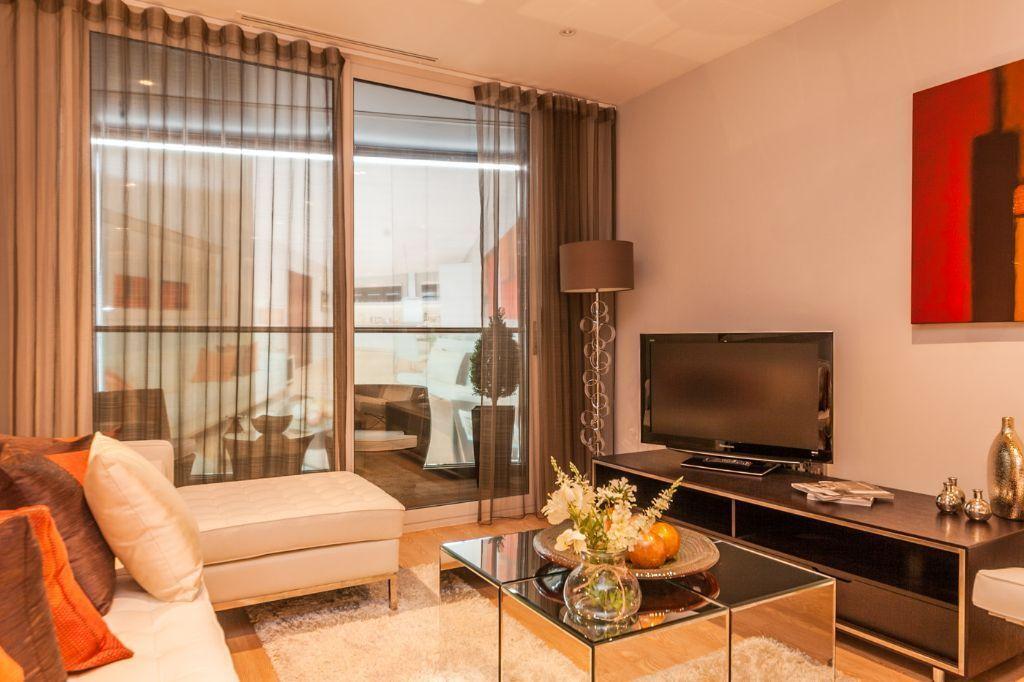 Brand new flats in modern development - 10 min walk to East Croydon MUST BE SEEN !!