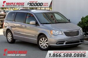 2015 Chrysler Town & Country Touring Stow N Go w/ Backup Camera