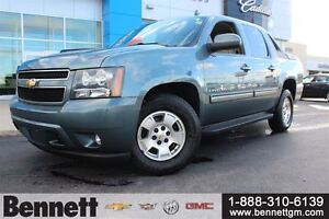 2009 Chevrolet Avalanche 1500 LT -5.3V8 Leather Seats + Sunroof