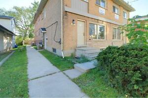 331 Spruce - 3 levels of space for only 4-5 people! FREE...