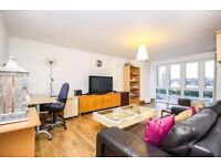 SPACIOUS 2 BED - St Davids Square E14 - GYM SWIMMING POOL - CANARY WHARF DOCKLANDS LIMEHOUSE POPLAR